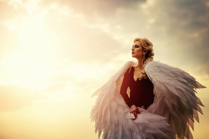 9 Sinais de que tem um anjo disfarçado em sua vida